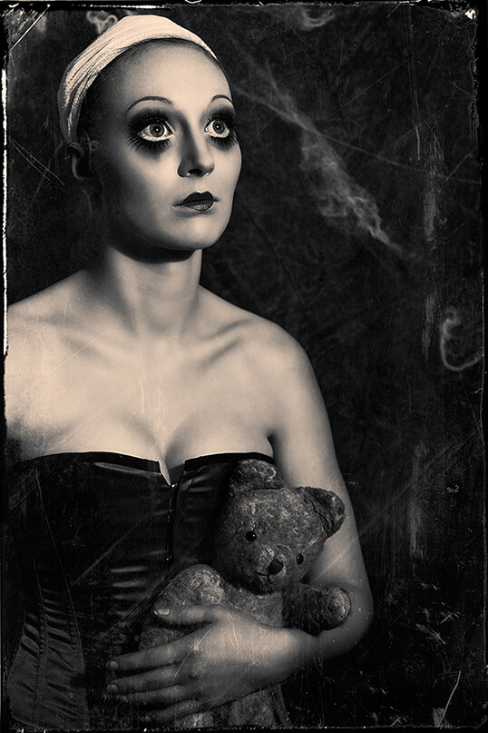 halloween, make up, mist Stockholm, austria, wien, portrait, fotografie, kate kuchen, beauty, broken doll