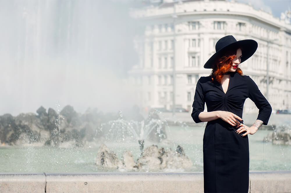 kate steel, portrait, vienna, glamour, vintage inspired, destination portrait, vienna
