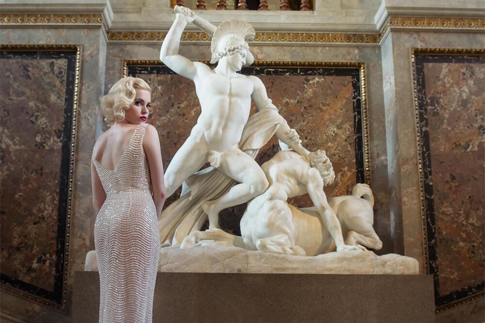 irina hofer, fashion, portrait, ursula schmitz, kunsthistorisches museum, wien, austria, beauty, simply gorgeous, bombshell, blonde, marilyn monroe