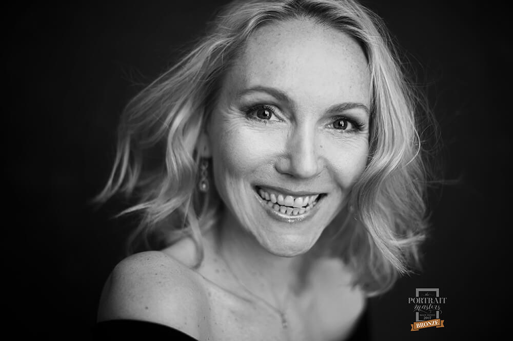 headshot, business portrait, personal branding, photographer, vienna, ursula schmitz, the portraitmasters
